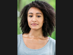 Natalie Simpson plays Lydia Languish